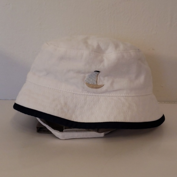 aed50a718 Janie and jack white summer bucket had 3-6 month